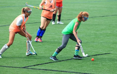 Girls' field hockey builds momentum with large roster and team chemistry