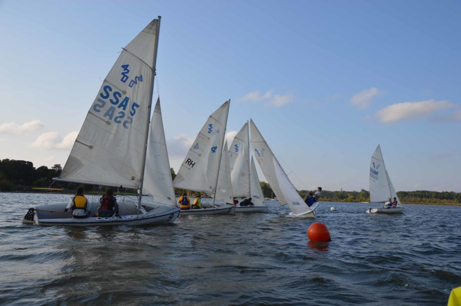 EGR+Sail+team+competing+in+the+fall+2014.+