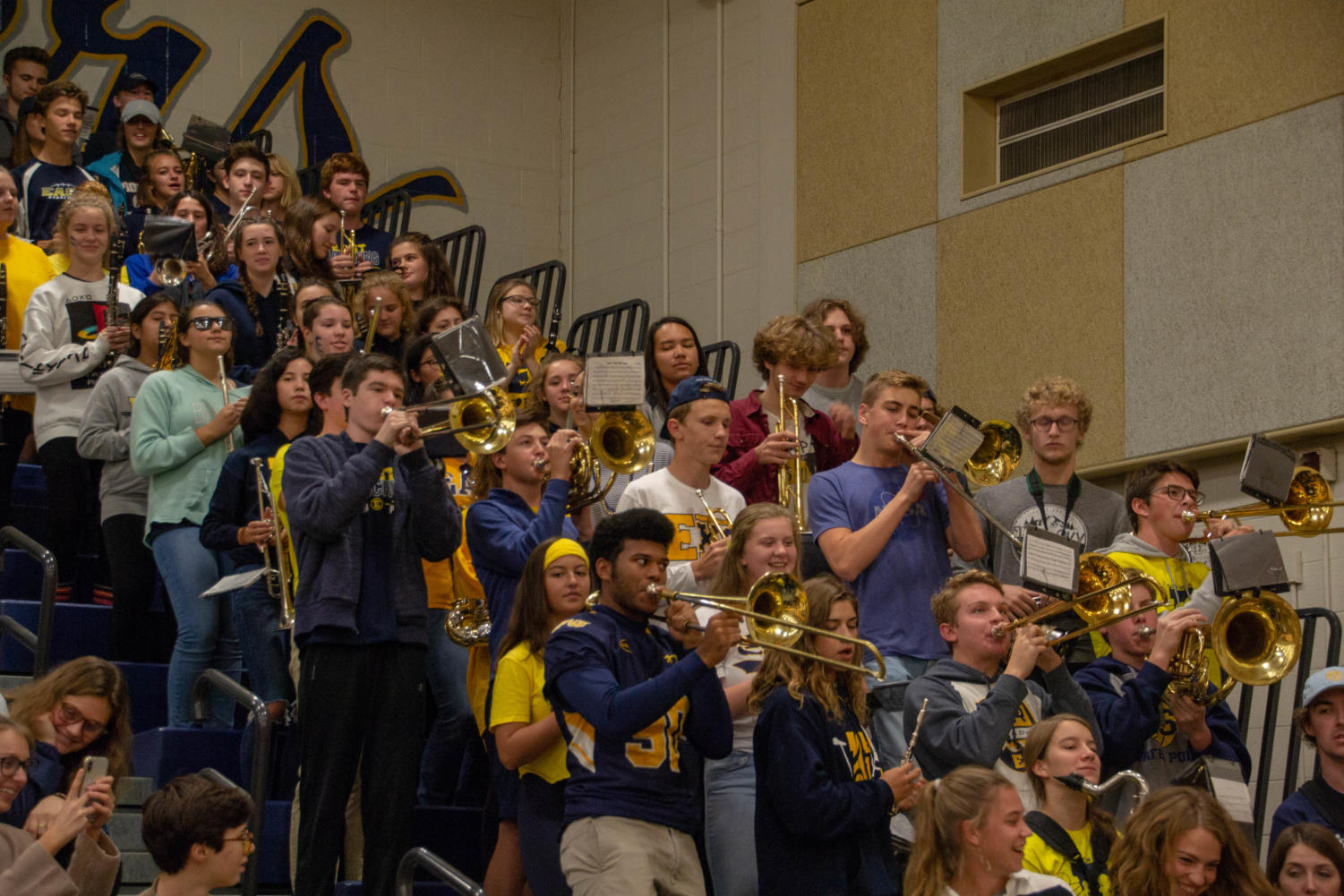 The+EGRHS+band+plays+at+the+homecoming+assembly.