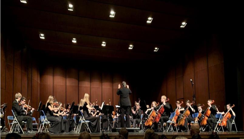 Beloved+orchestra+teacher%2C+Mary+Hillyard%2C+announces+retirement