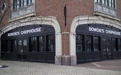 Bowdie's Chophouse: is it necessary to Gaslight?
