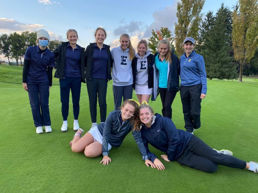 Girls Golf dominate the competition and heads to states