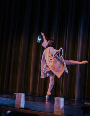 Patterson dancing in a show pre-pandemic